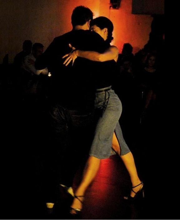 Scuola di Tango a Modena